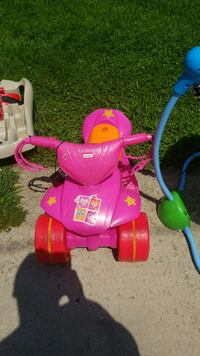 Motorized child toy for toddlers. With charger Woodbury, 08096