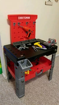 craftsman tool bench with tools
