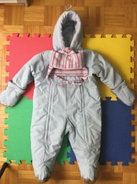Winter Snow Suit Oshkosh 18 months Gloves and Hat  very warm, good condition, non smocking, no pets environment