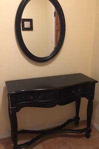 Foyer table and mirror