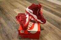 pair of red-and-white Nike basketball shoes Oshawa, L1H 6G1