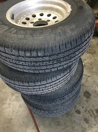 Toyota aluminum wheels new tires  Versailles, 40383