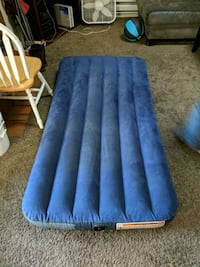 Twin inflatable mattress Colorado Springs, 80918