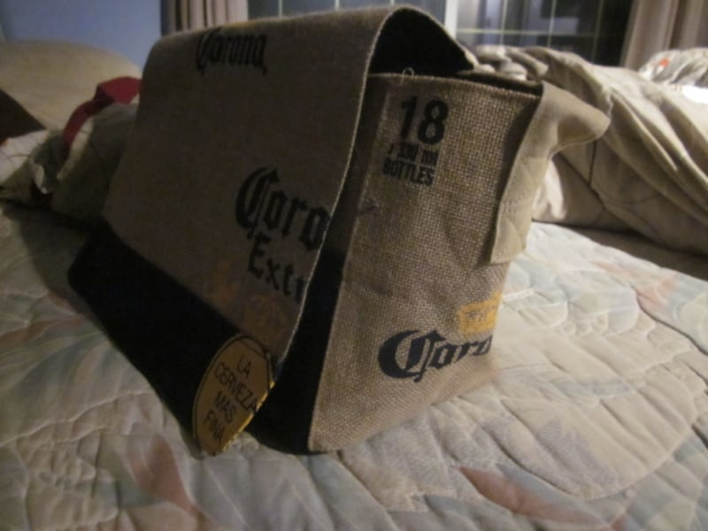 Brand New Corona Beer Cooler for 18 Bottles Beach Burlap Bag  538016a4-efaa-4959-97ef-3315b7f45a3a