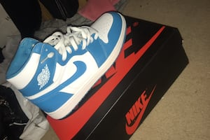 jordan UNC blues exact mirrored REPLICAS Size 11 150$