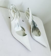 white leather pointed-toe ankle strap heeled shoes 793 km