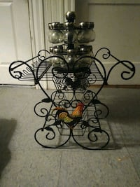 Rooster Rack and 16 piece Revolving Spice Rack