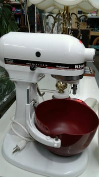 white and red KitchenAid stand mixer Laval, H7V 2W2