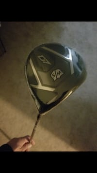 Wilson D7 driver 10.5...brand new,won as prize . Sells for 399.99 Toronto, M6H 2H6