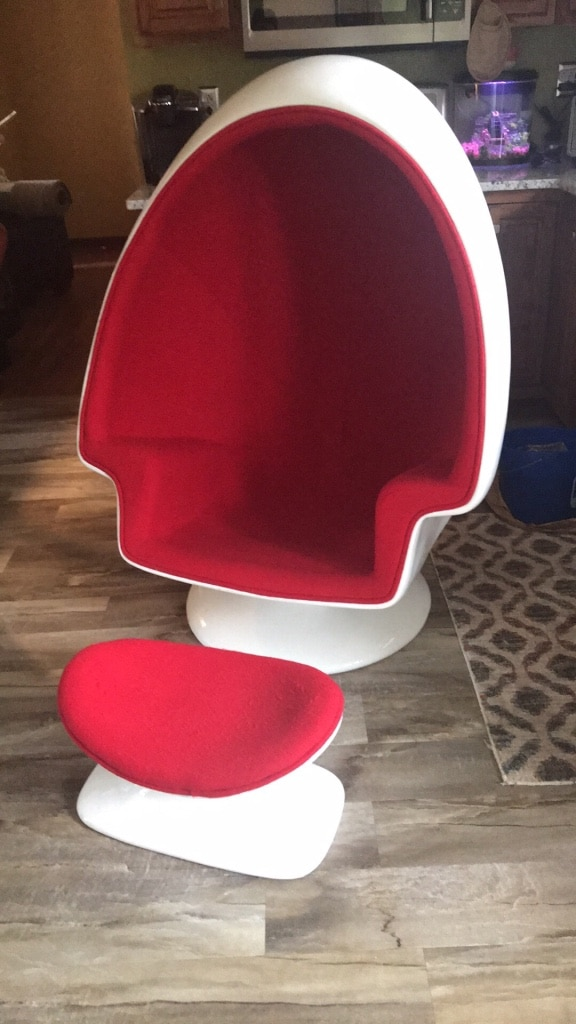 Red/white Retro Vintage Egg Chair With Bluetooth Speaker Added Modern  Version