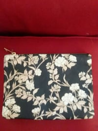 Floral Clutch  Shreveport, 71104