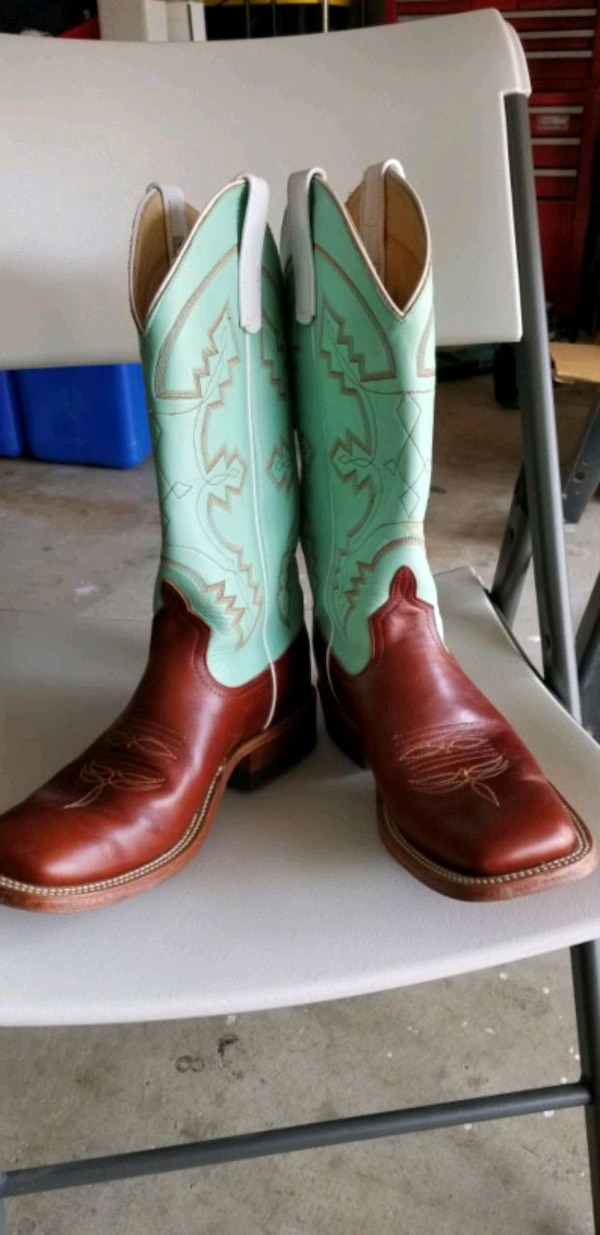7d8681db6f8 Cowgirl boots