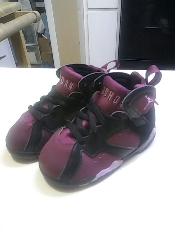 c6153af95 Used Baby Jordan purple and black shoes like new size 8 for sale in  Montgomery - letgo