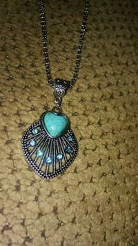 silver-colored pendant necklace Greeneville, 37743