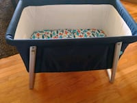 baby's blue and white travel cot Silver Spring, 20903