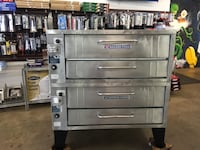 """Bakers Pride 352 Natural Gas 4 pie pizza oven 45""""w x 341/2"""" D  North Bergen, 07047"""