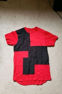 LARGE BLACK AND RED TSHIRT