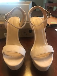 Pair of beige leather open-toe heeled sandals Fowler, 93625