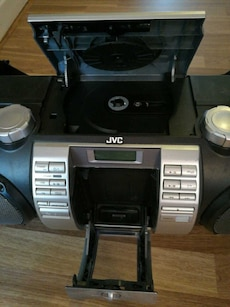jvc powered woffer cd system rv-nb50