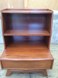 Solid cherry bedroom end table Frederick, 21703