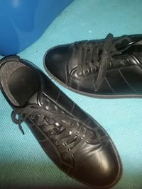 pair of black leather low-top sneakers Ottawa, K1S
