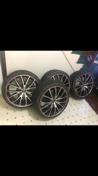 19 inch Rim Black Diamond , 2 rim need to fix but 2 rim in good condition  Hyattsville, 20782