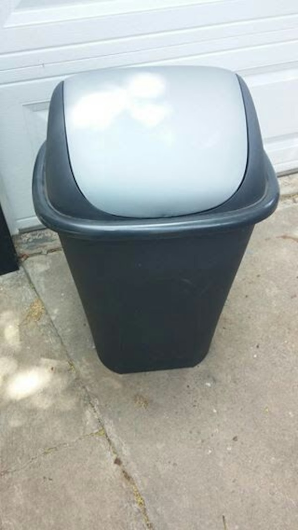 kitchen trash can Persby Ikea 17 gallon