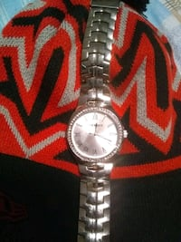 Steve Madden watch *missing clasp* Guelph