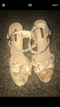 Forever 21 wedges  Los Angeles, 90037
