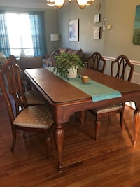 Solid walnut DR table w 6 chairs