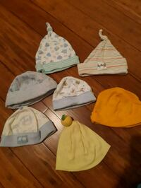 7 Baby hats for $5 Toronto, M1M 3L7