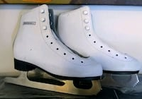 Winnwell Girls Youth Size 2 Figure Skates Like New Edmonton, T5R 5X5
