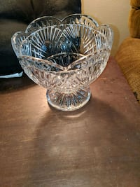 Scalloped edge 5 Waterford Crystal footed bowl