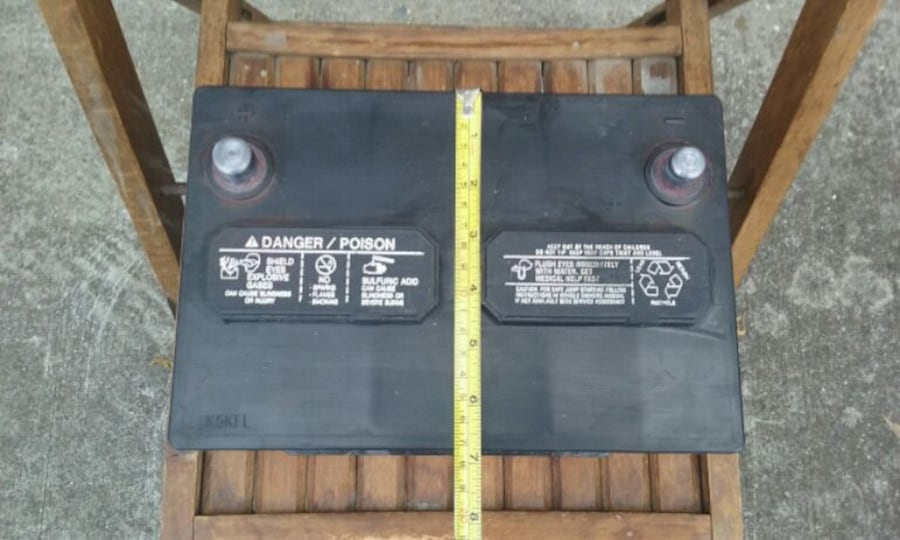 Top Post Vehicle Battery  5c2e7448-fc6d-4ed1-9d44-d534a3385787