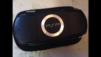 PSP (PlayStation Portable)