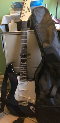 black and white electric guitar Germantown, 20874