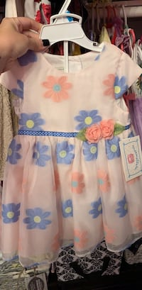 white and blue floral dress Ontario, 91761