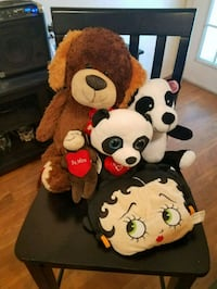 Valentine's stuffed animals.