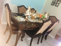Dining table and 6 chairs Laval, H7W 3V9
