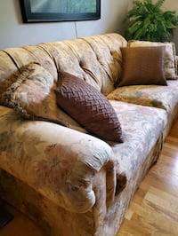brown and white floral sofa Gaithersburg, 20878