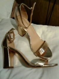 pair of brown leather open-toe heeled sandals Maricopa County, 85339