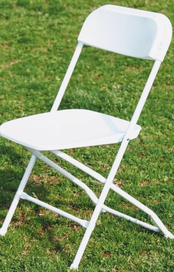 Used White Folding Chairs For