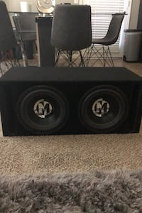 "Two 12"" Memphis Audio Subwoofers with vented sub box (brand new) Fresno, 93720"