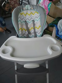 baby's  high chair Parkersburg, 26101