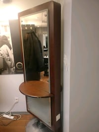Barber /hairdresser miror Laval, H7X 0B2
