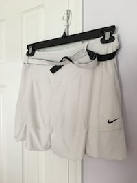 Nike tennis skort with reversible built size L 11 km