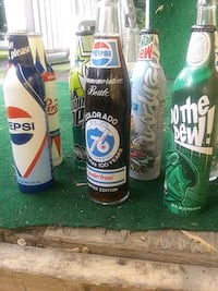 MT.Dew and Pepsi collectibles- 8 bottles total Des Moines, 50317