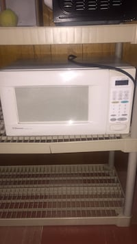 White general electric microwave oven Toronto, M3H 1W7
