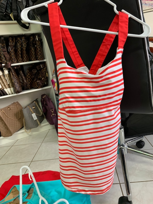 Tank top lululemon size 6,8,10, ($12 each ) 4