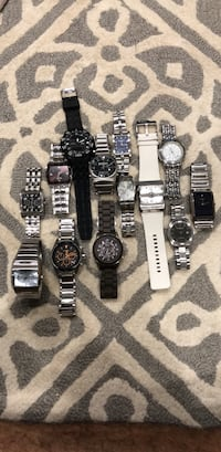 lot of 13 watches  Falls Church, 22041